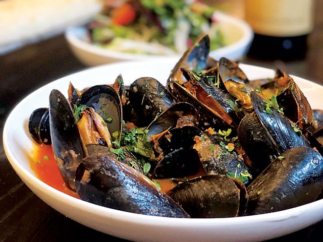 Lyon Hall Mussels