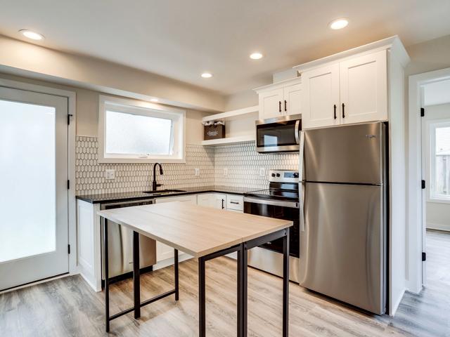 Backyard Cottages 818 19th Street S, Arlington Mls (12)