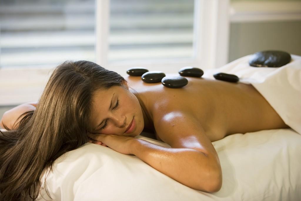 Hot Stone Massage (5)