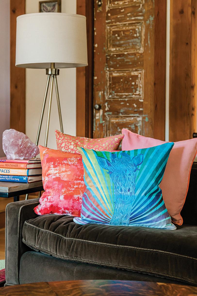 Giraffe Pillow Sofa
