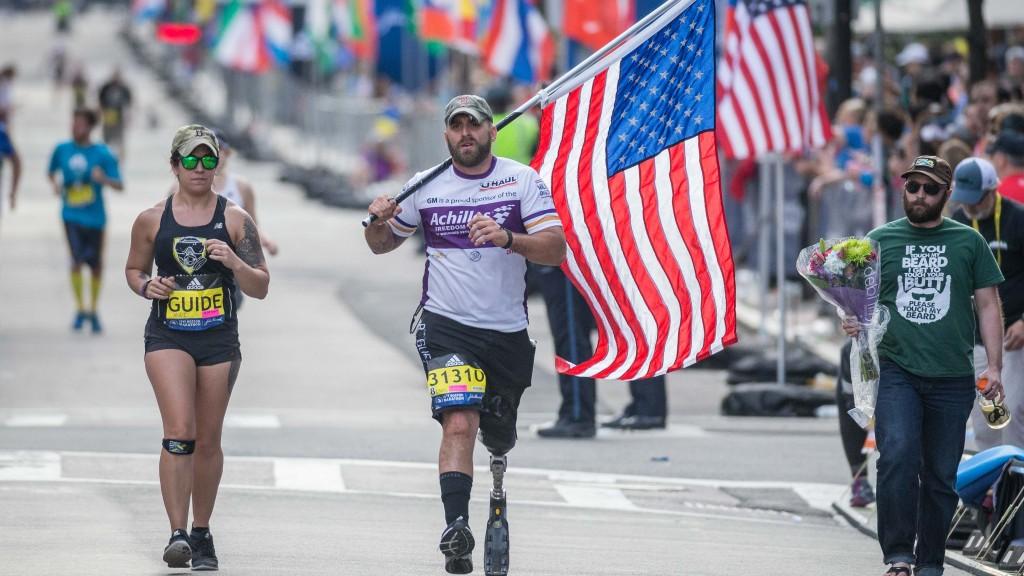 Earl At Boston W Flag Achilles Race